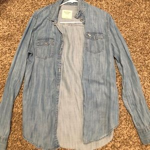 Abercrombie and Fitch Jean Jacket Size small